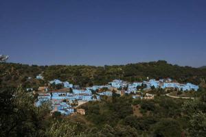 Júzcar - Az andalúz hupikék falu 001