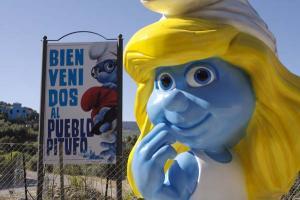Júzcar - Az andalúz hupikék falu 005